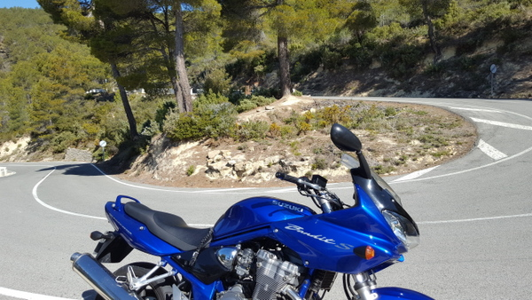 Suzuki Bandit on the CV-770 near Sella, Costa Blanca