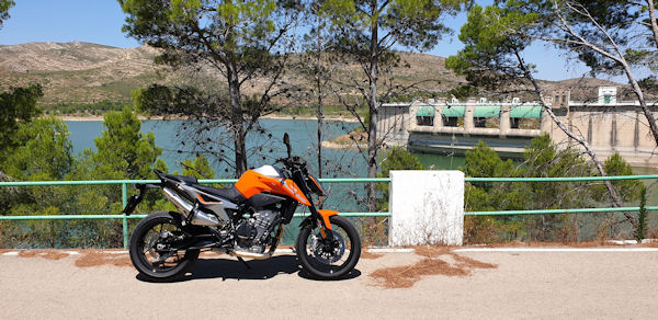 KTM 790 Duke at Embalsa de Forata Near Valencia, Spain